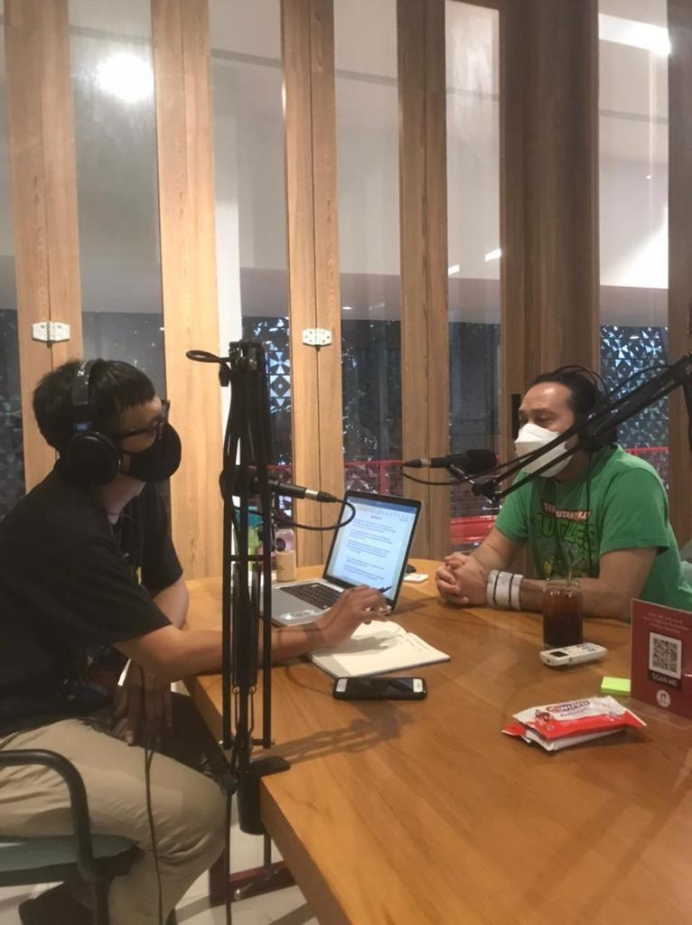 Ngobrol di podcast-nya Anto Arief bersama AMvibe, 6 Juni 2021. Bicara banyak soal masa-masa menyenangkan bersama NAIF dan rencana gue di masa depan. Podcast-nya udah bisa didengerin di Spotify, guys.